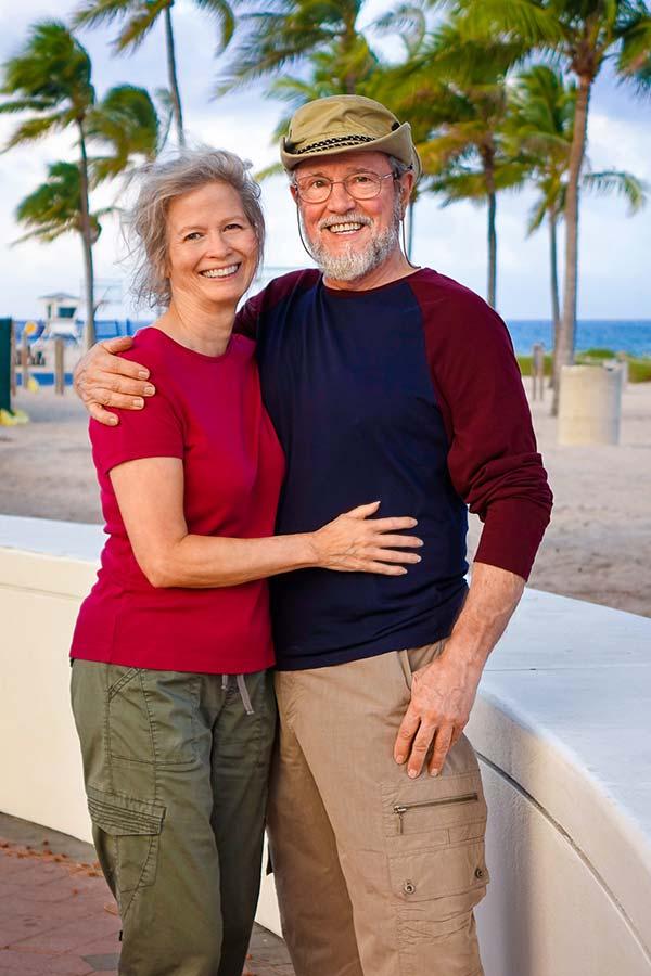 Bill & Julie posing for Sail Away Home liveaboard blog