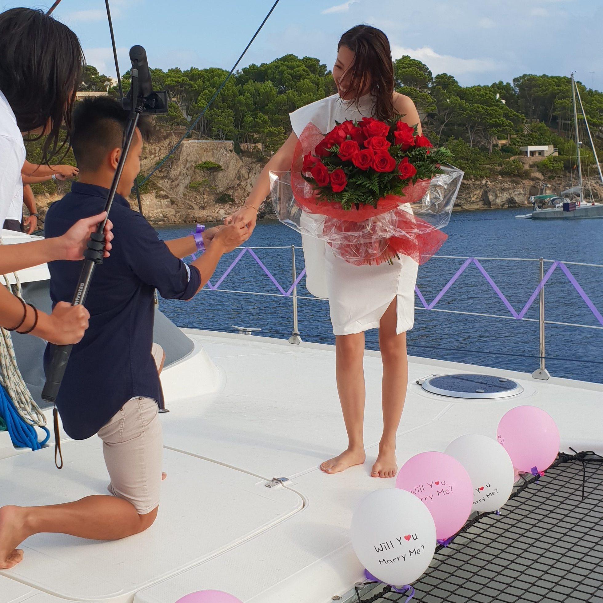 Mallorca private catamaran day trip wedding proposal