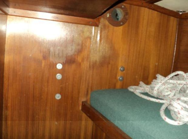 WATER STAINS IN PORT QUARTERBERTH BULKHEAD