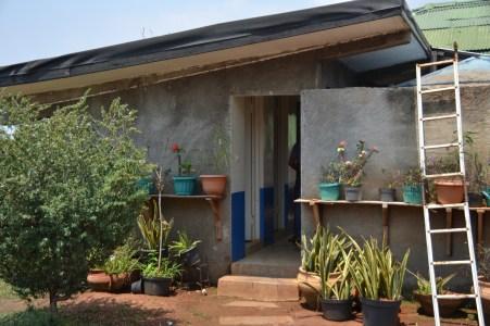 Unsere Sanitären Anlagen befinden sich in diesem hübschen Gebäude