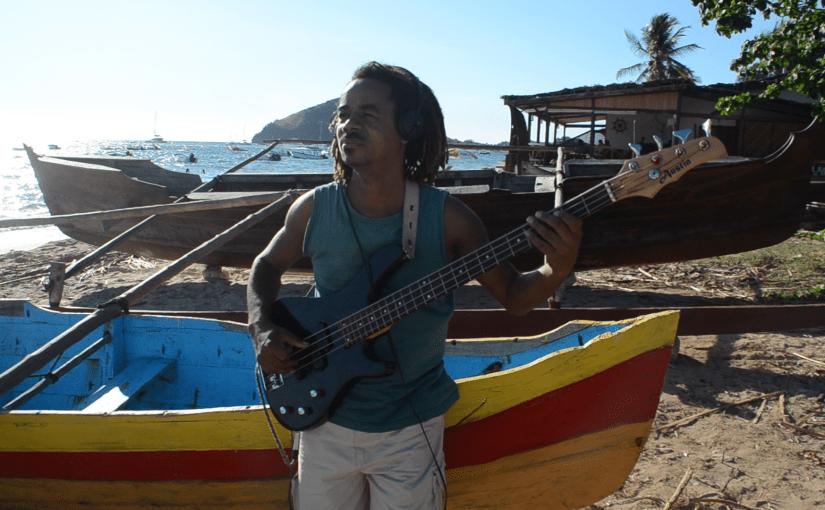 Bass: Patrick Tsimarofy (Madagaskar)