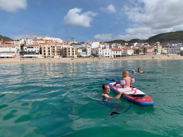 Zeilen varen vertrekken wereld rond reizen boot keven portugal lissabon anker bezoeken vrienden zwemmen