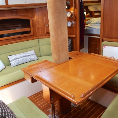 Cabin from starboard settee