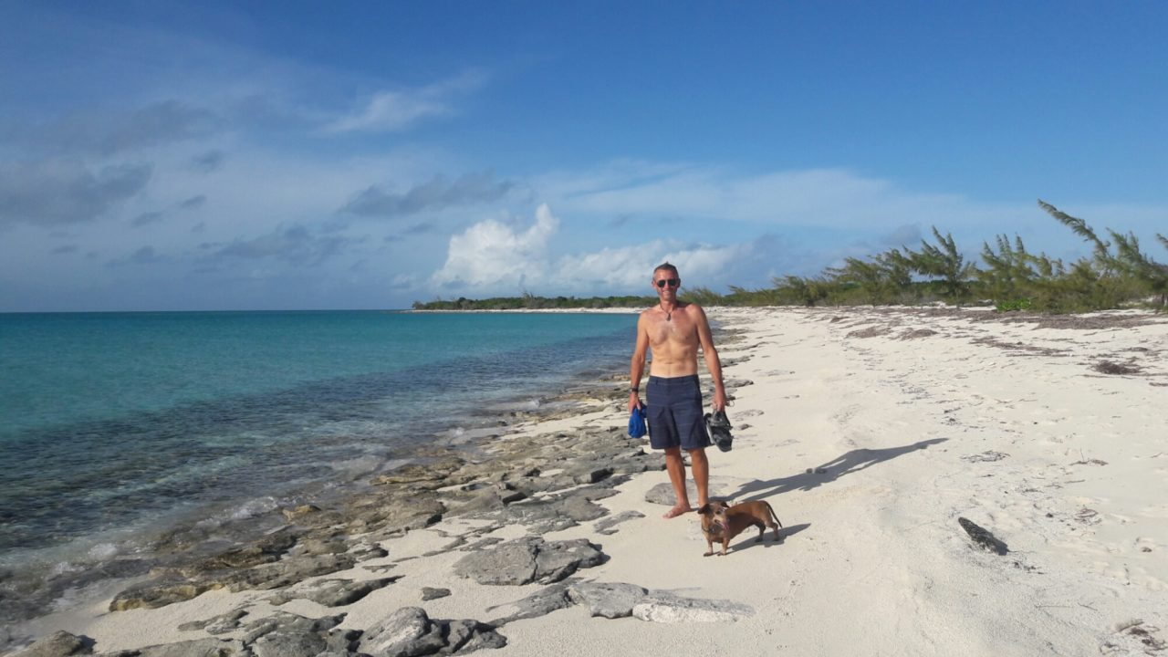 Norman cay and shroud cay exuma bahamas sailing luna sea we hustled on south to norman cay from allen we are doing our best to sail everywhere using as little enginefuel as possible dont get me wrong sciox Images