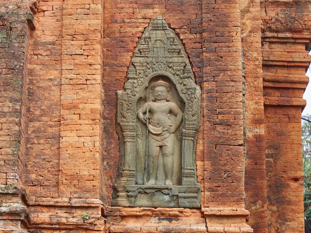 Dvarapalas Angkor
