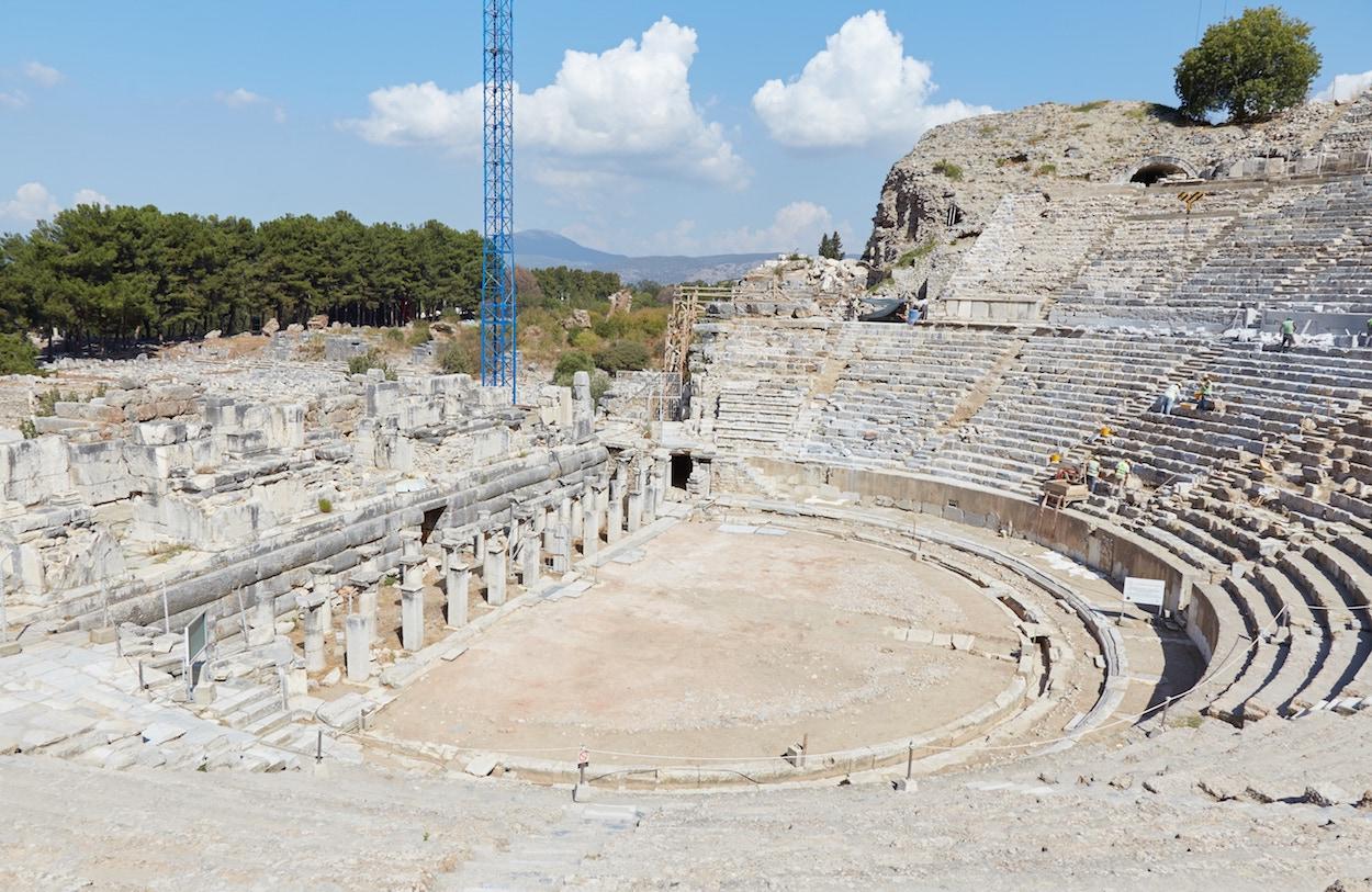 Theater Ephesus Guide