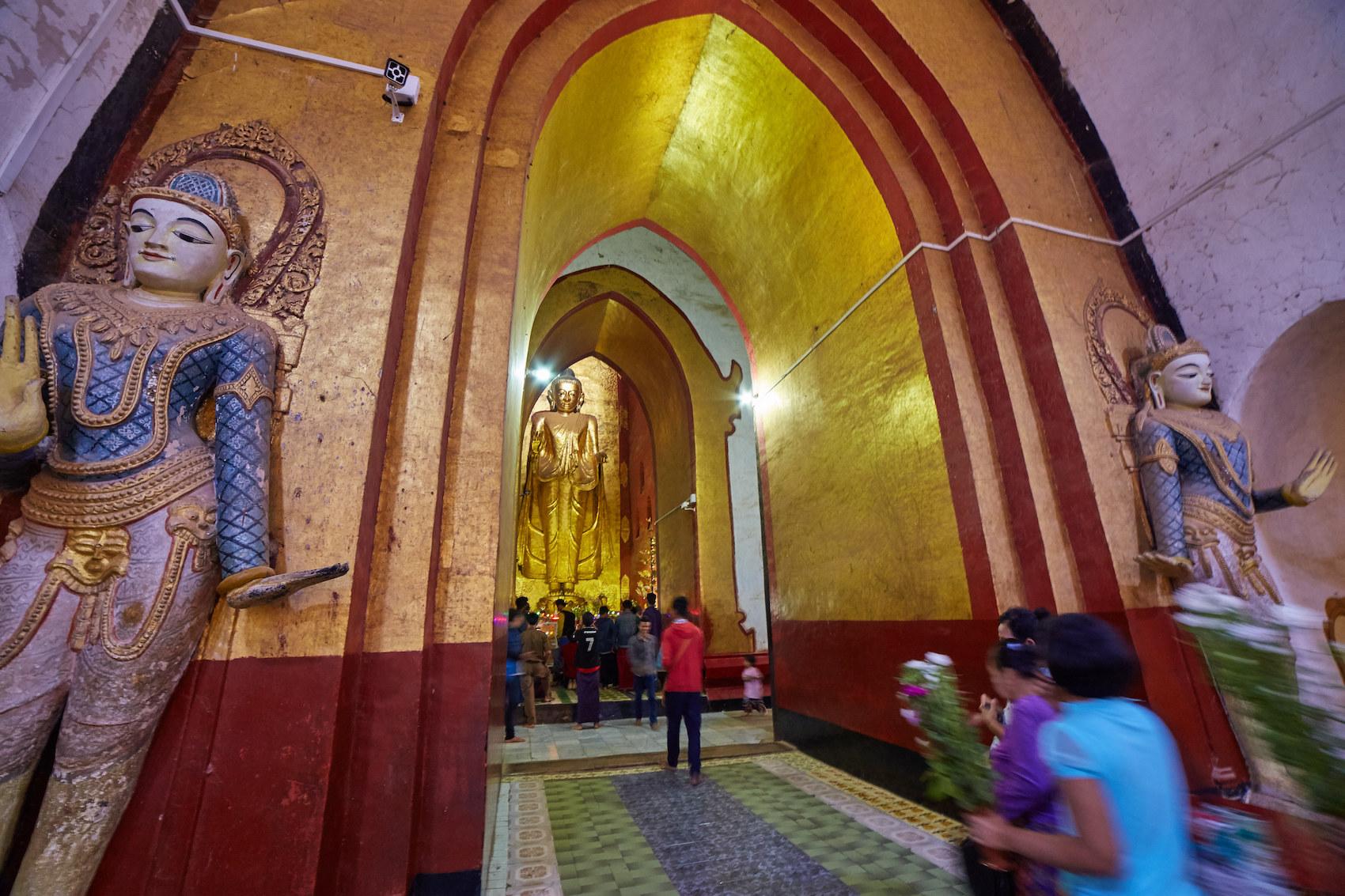 Bagan Ananda Buddha Statue