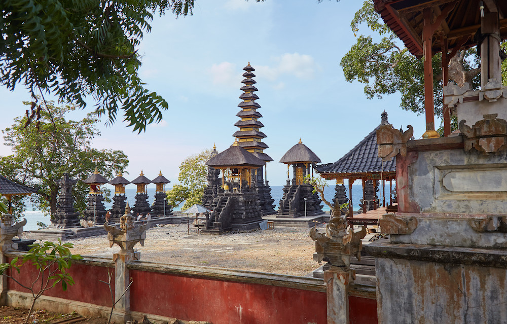 Balinese temple jeroan