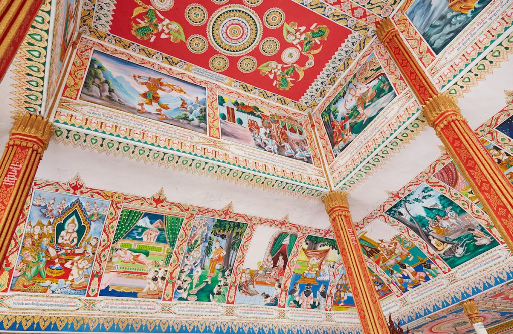 That Luang Tai Temple Murals