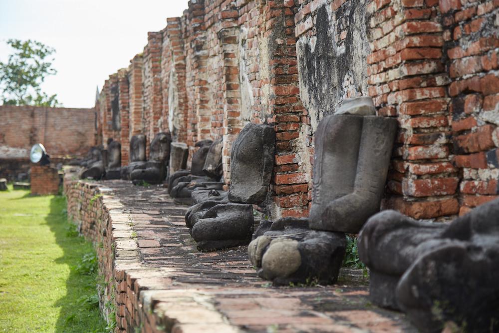 Wat Mahathat Statues