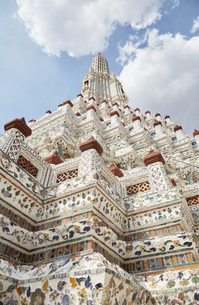 Wat Arun Prang Vertical