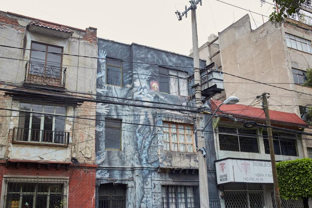 Roma large gray mural