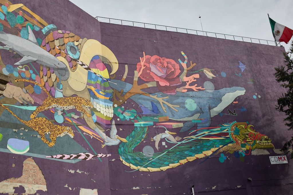 Pino Suarez large mural