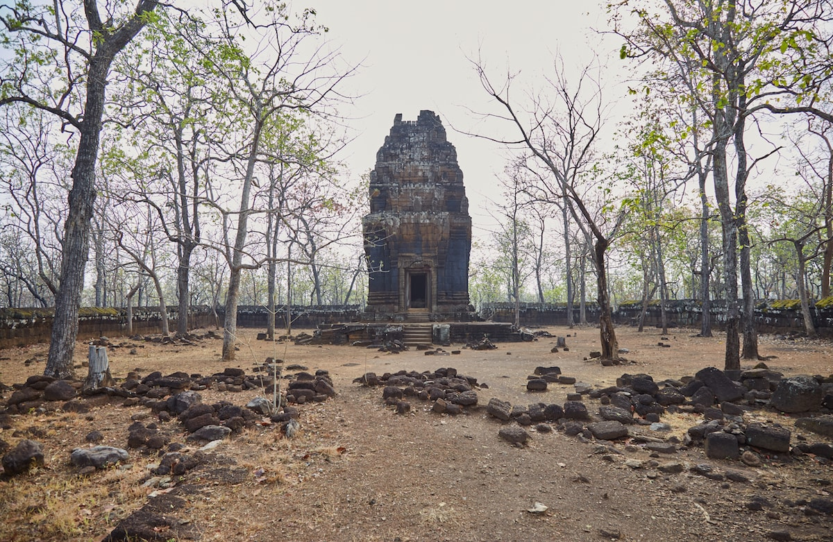 Prasat Neaung Khmau
