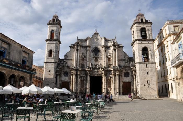 Chyba najpiekniejszy kościół w Havanie.