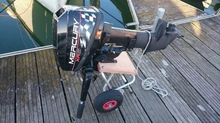 Chariot de moteur DIY
