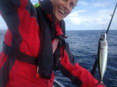 Floris catches mackerel