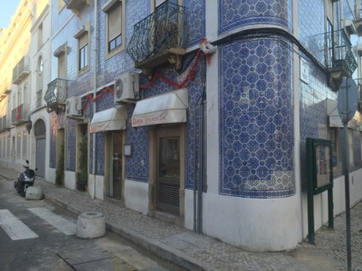 Azulejos outside a delicious restaurant