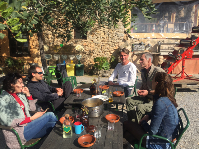 Casita Verde Sunday lunch