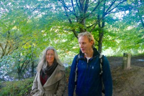 Polly and Floris along the river Dart