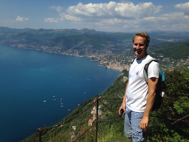 Hiking to a view on Camogli