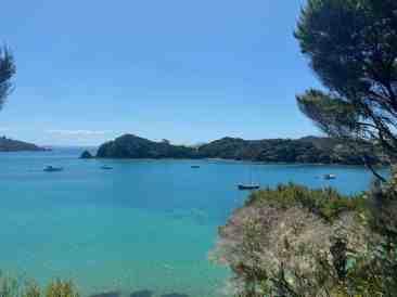 Anchored in de Bay of Islands at Urapukapuka
