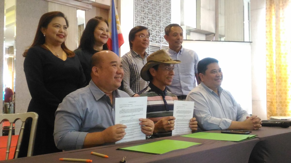 Kim Atienza's Contract Signing event with Adtel, distributor of Baron Super Antenna and Kent Water  Purifier