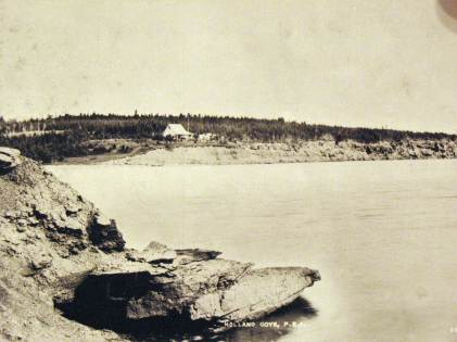1890s view of cottages on east headland.