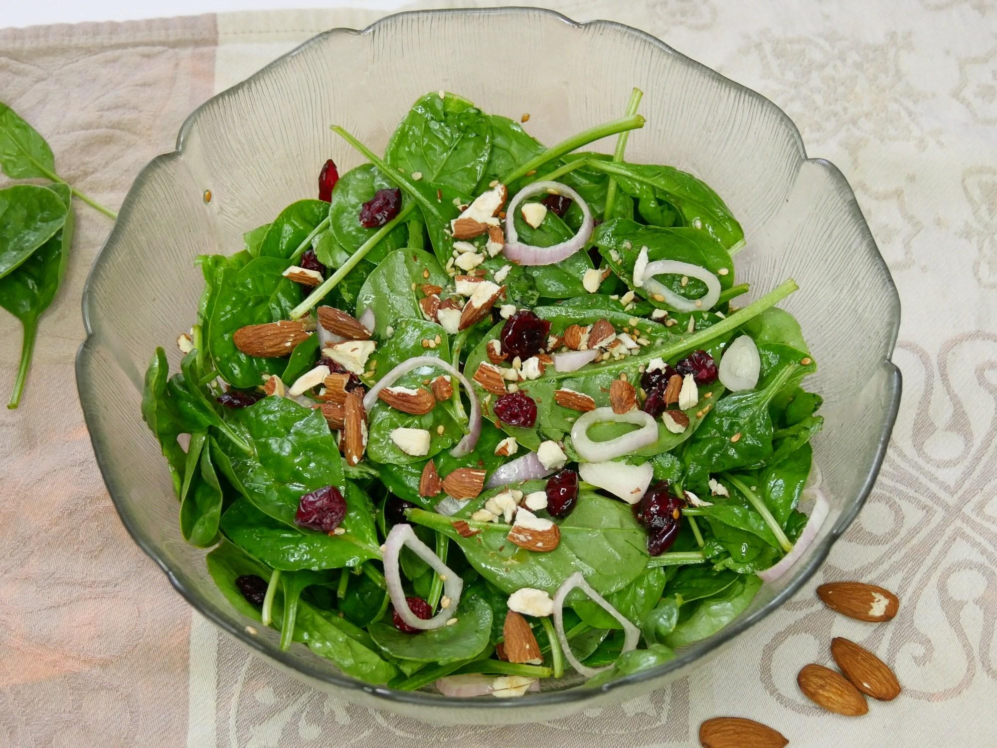 Salade d'épinards Cranberry - Salade d'épinards & Cranberry
