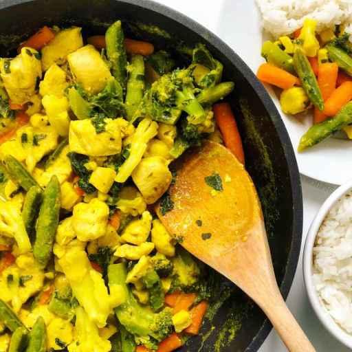 recette healthy de curry de poulet et aux légumes sans crème