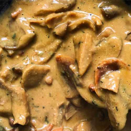 Sauce végan aux champignons et noix de cajou