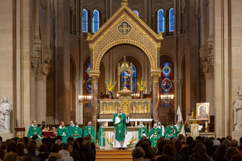 Saint-Ambroise, célébration avec Mgr Benoist de Sinety