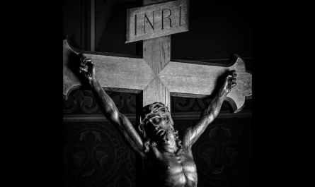 Christ sur La Croix - Semaine Sainte