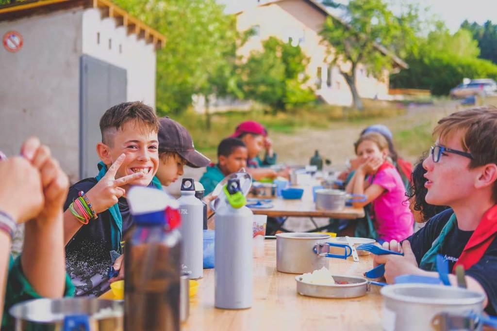 Vivre un camp scout chez les louveteaux
