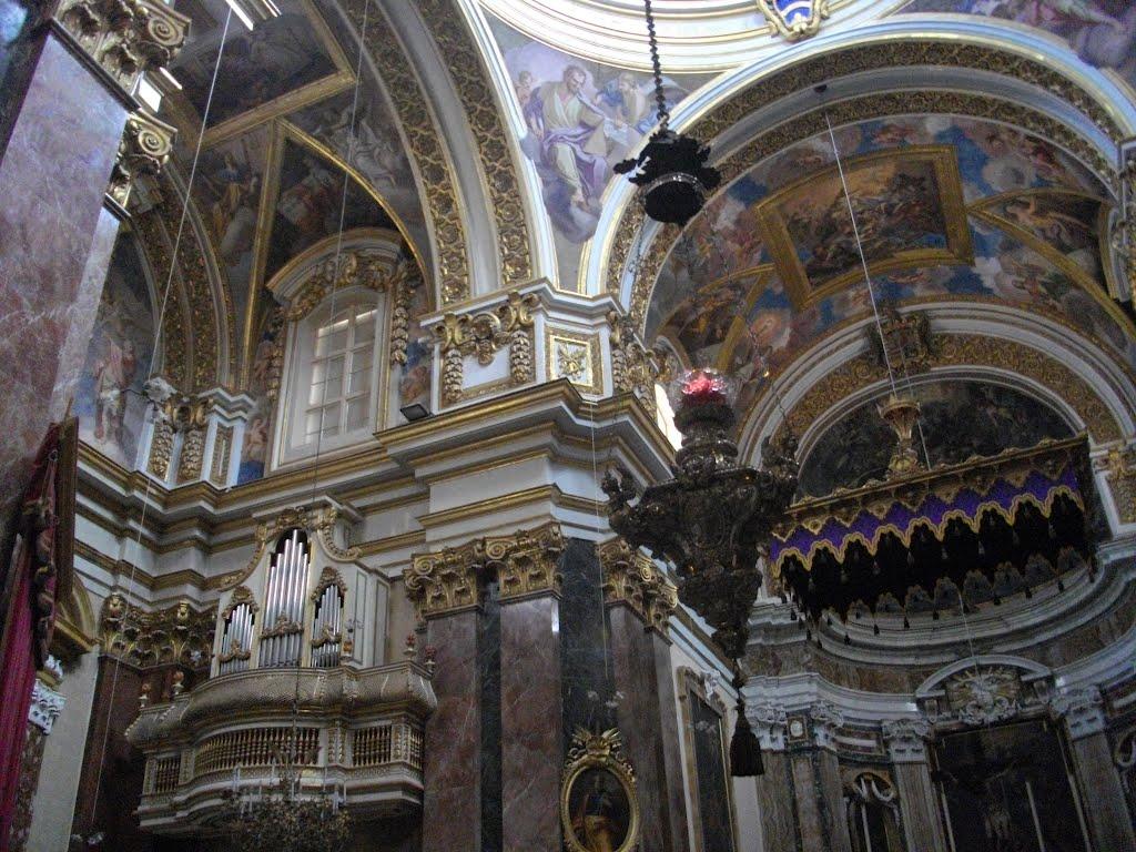 Intérieur de la co-cathédrale