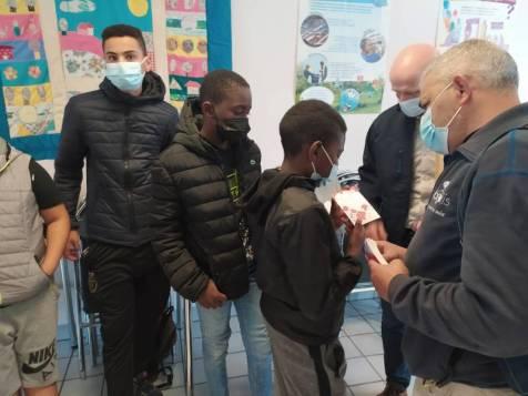 Remise_Chèques_Chantiers_Educatifs_Centres_Sociaux (4)