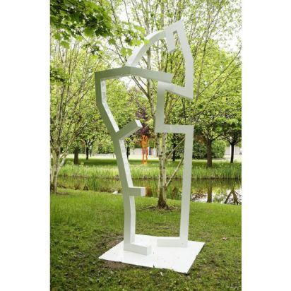 chemin-de-sculptures-de-sylvain-chartier-dans-le-p-51330-600-600-F