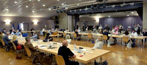Premier conseil municipal le 26 mai 2020, salle de l'Ellipse.
