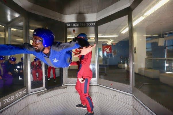 Terbang melawan gravitasi