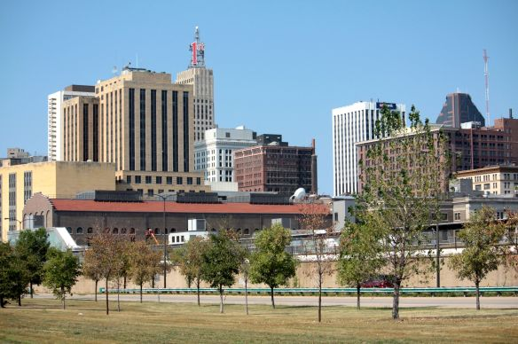 The skyline of Downtown Saint Paul as seen from Warner Road.