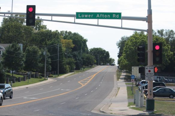 At the intersection of Lower Afton Road and McKnight Road, the eastern border of Saint Paul. I'm turning south here so it's up another hill.