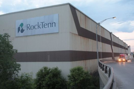 The RockTenn plant looking north from Vandalia and the on-ramp to west Il-94.