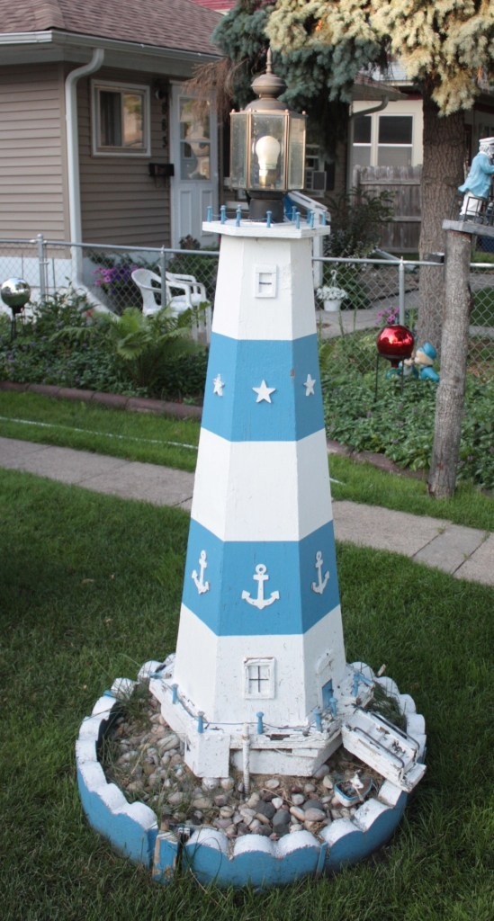 A lighthouse (yes it works!)...