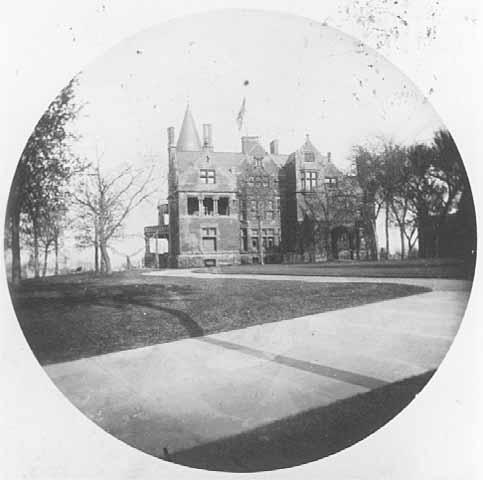 The Amherst Wilder House circa 1895. Courtesy Minnesota Historical Society