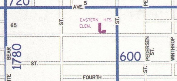 The 2004 City map shows the surrounding area.  You can see these couple of blocks, where the lake was prior to being filled, are platted into much larger blocks.  Lots are 300' deep x 100' wide.