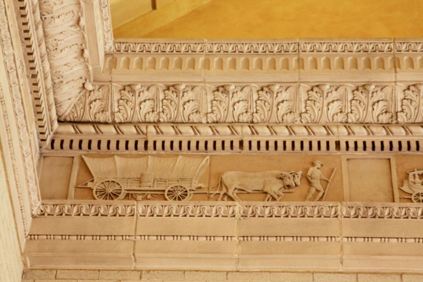 The elegantly restored frescoes near the waiting room ceiling trace the history of transportation.