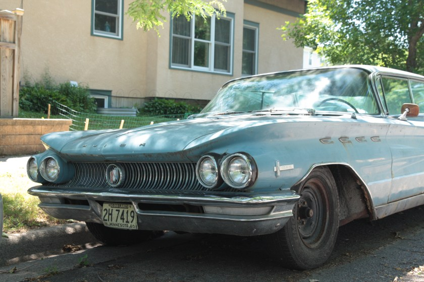 This 1960 Buick Electra 225 was beautiful, even with some blemishes. That chrome grill and bumper shout Made In America!