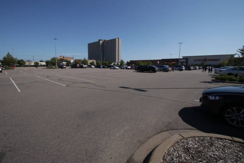 The giant parking lot at Target has plenty of space when I stopped at about 2:30 p.m. The high-rise in the background is Skyway Tower Apartments on Griggs and St. Anthony, which I visited later in the ride.