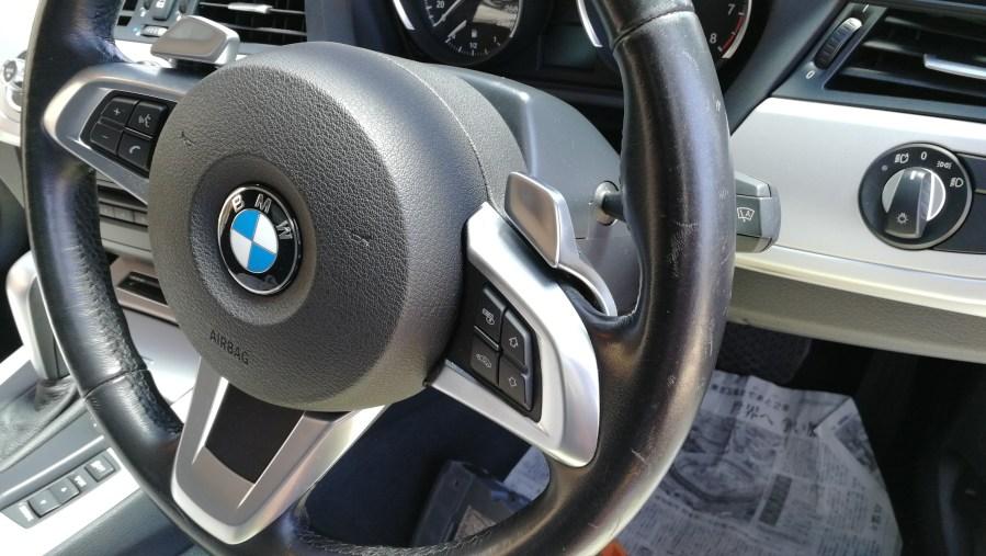 BMW Z4 ステアリング擦れ・傷補修前