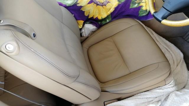 レクサス SC430 レザーシート擦れ補修 シートクリーニング&コーティング 名古屋市 クリーニング